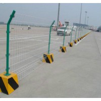 甘孜A果园围栏网A果园绿色围栏网厂家A果园圈地围栏网价格